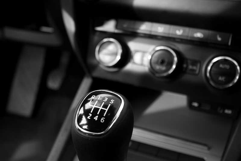How do car clutches work?